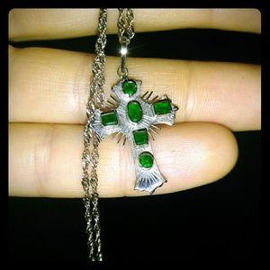Jewelry - White gold cross pendant